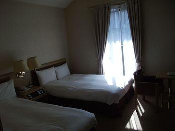 ホテルダイナスティ札幌の宿泊レビュー「ベランダ&ジャグジーがある隠れ屋的ビジホ」