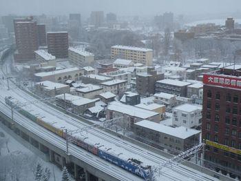 【鉄宿】JR札幌駅近くのどのホテルの客室から一番よく鉄道・電車が見えるか