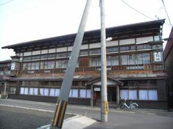 外湯・客舎文化の伝統が残る温泉街 青森・温湯温泉「飯塚旅館」
