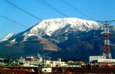 世界最深積雪記録がある関西名門のスキー場、伊吹山閉鎖に思うこと